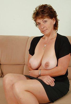 Big Tits Mature Porn
