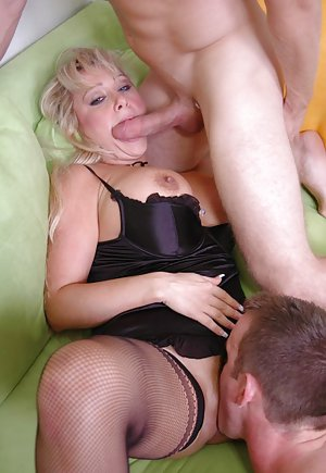 Mature Pussy Licking Porn