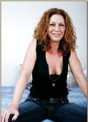 Mature in Jeans Porn